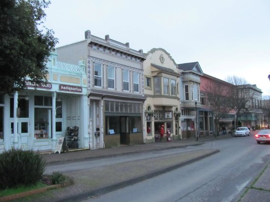 old-town-haunted-history-ghosts